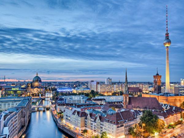 Berlin, la capitale allemande attire de plus en plus de jeunes africains.